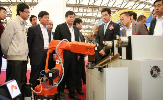 Zhang Jiehui, Vice Governor of Hebei Province visited our company's products